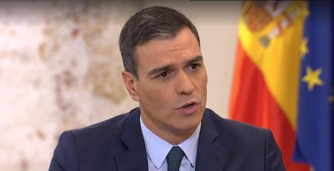 Pedro Sánchez kann nicht richtig glücklich über seinen Sieg sein.
