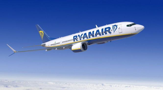 Ryanair-Flieger über Europa.