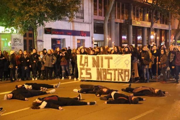 Am Vorabend des Internationalen Tags zur Beseitigung der Gewalt gegen Frauen am 25. November gab es in Palma Proteste.