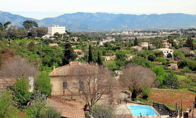 Auf Mallorca dürfen Grundstücksbesitzer nicht wahllos Dinge ohne Genehmigung aufstellen.