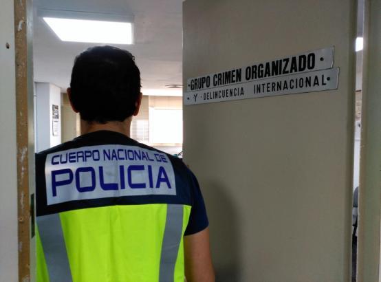 Nationalpolizist im Dienst.