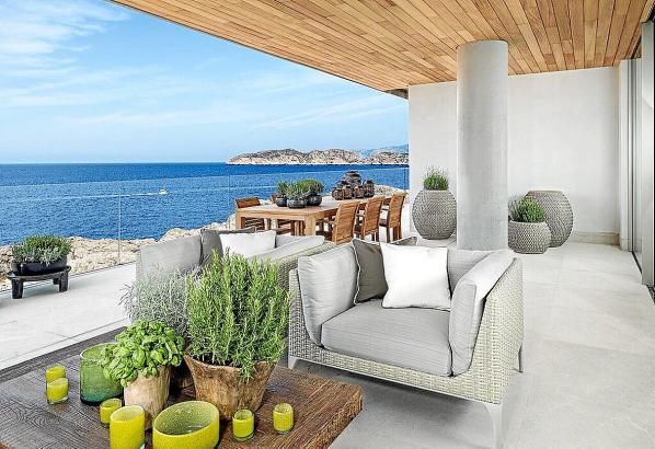 Vermietung und Verkauf sollen auf den Balearen ab 2020 durch mehr fachliche Anforderungen an die Makler geregelt werden.