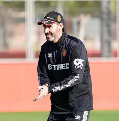 Trainer Vicente Moreno hat Lust auf das Match gegen den FC Barcelona.