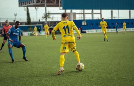 Bei Melilla kamen die Inselkicker in Gelb spielend nicht über ein 0:0 hinaus.