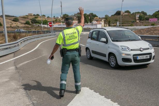 In der Adventszeit müssen Autofahrer mit mehr Alkoholkontrollen rechnen.