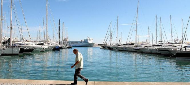 Anlegestellen für Privatboote im Hafen von Palma.