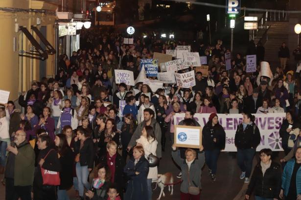 Demonstration in Palma gegen häusliche Gewalt.