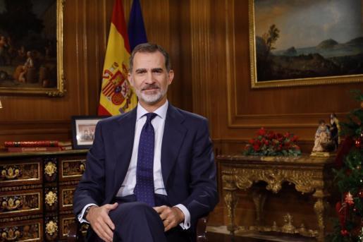 Spaniens König Felipe VI. während seiner traditionellen Weihnachtsansprache im öffentlich-rechtlichen Fernsehen.