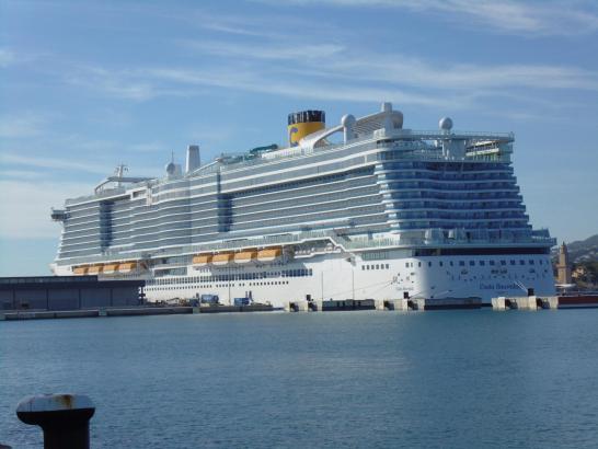 Die Costa Smeralda steuert ab sofort jeden Dienstag den Hafen von Palma an.