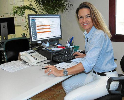Natürlich fällt für Clubchefin Tina Grünold auch viel Schreibtischarbeit an.