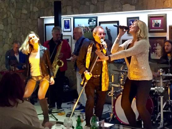 """Bei der """"Tuesday Groove Session"""" springt der Funke von den Musikern aufs Publiikum über."""