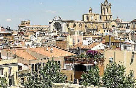 Blick auf die Dächer von Tarragona.