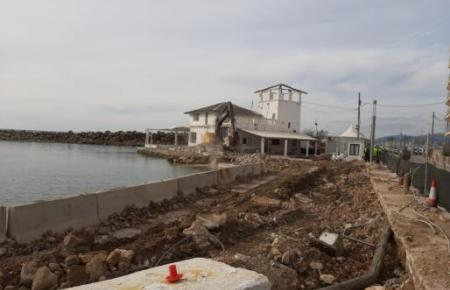Blick auf den Hafen von El Molinar.