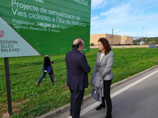 582 neue Schilder haben Mallorcas 16 Fahrradrundtouren erhalten.