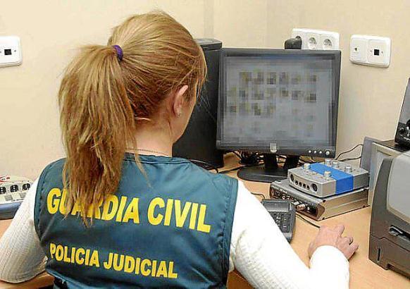 Im Fall um Sexualdelikte in Jugendzentren ermittelt auf Mallorc die Polizei.