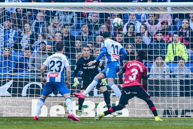 Hier trifft Raúl de Tomás zum entscheidenden 1:0 für Espanyol Barcelona.