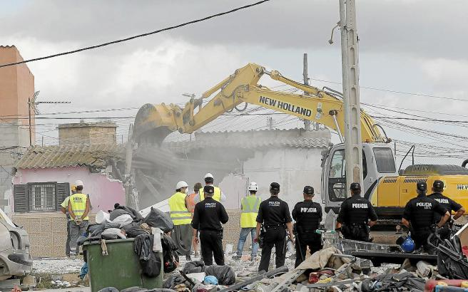 Ein Teilabriss von Palmas Barackenstadt Son Banya hat bereits stattgefunden. Nun sollen die restlichen Familien gegen einen finanziellen Anreiz umgesiedelt werden.
