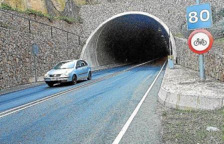 Blick auf den Sóller-Tunnel.