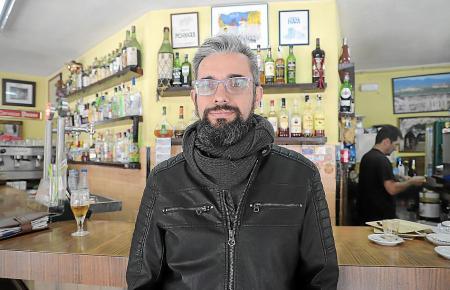 Blogger Joan Pérez in der Bar Vicente im Zentrum von Palma.