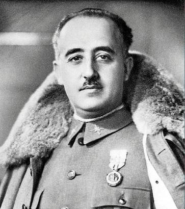 Von 1936 bis 1975 herrschte Franco in Spanien.