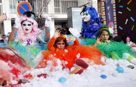 Auch auf Mallorca wird kostümiert Karneval gefeiert.