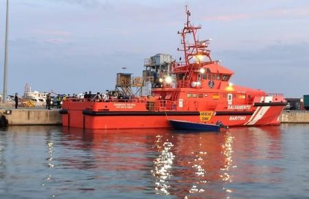 Ein Schiff der mallorquinischen Küstenwache.