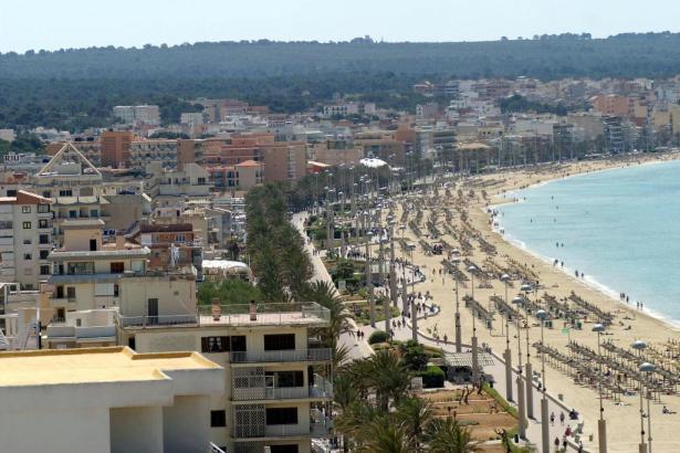 An der Playa de Palma und an anderen Orten der Insel sind die Hoteliers wegen des Coronavirus in Sorge um das anstehende Ostergeschäft.