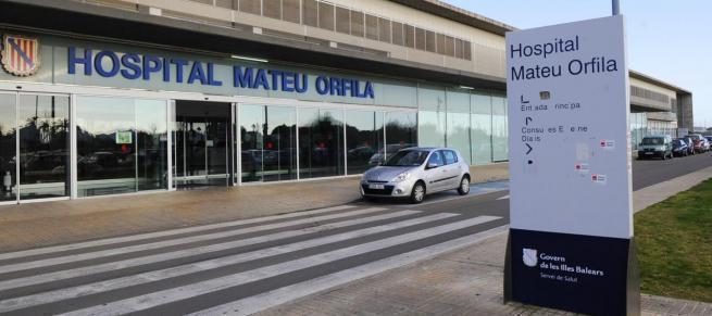 In diesem Krankenhaus auf Menorca wurde ein Corona-Verdachtsfall behandelt.