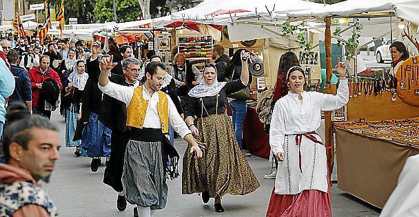 """Anlässlich des """"Tag der Balearen"""" am 1. März finden zahlreiche Volksfeste auf Mallorca statt."""
