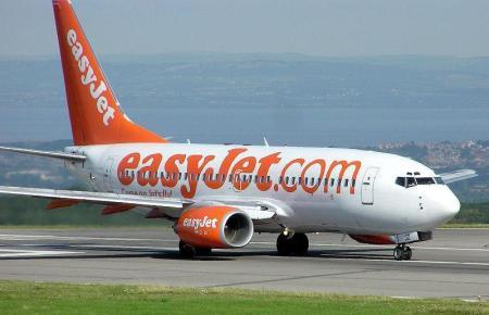 Wegen fallender Buchungszahlen und aus gesundheitlichen Sicherheitsgründen streicht die Fluggesellschaft Easy Jet einige Flüge Richtung Italien.