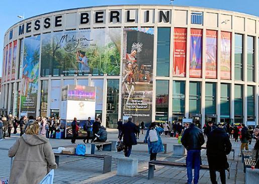 Diese Eingangstore bleiben in der kommenden Woche verschlossen. Die Reisemesse ITB in Berlin wurde wegen Corona-Gefahr abgesagt.
