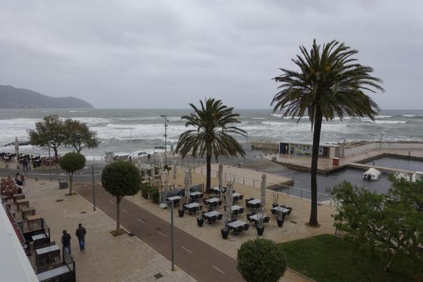 Das Wetter gestaltet sich derzeit ungemütlich auf Mallorca.