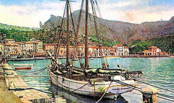 """Der alte Schoner """"Miguel Caldentey"""" wird bald zu Wasser gelassen, um die Überfahrt Richtung Port de Sóller anzutreten."""