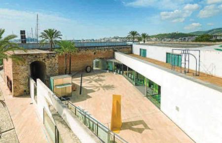 Das Museum wurde von den Architekten in die alte Befestigungsanlage der Stadt integriert.