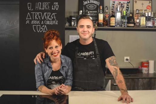 Die Köche von clandestí aus Palma machen den Anfang beim virtuellen Kochen in Zeiten von Ausgangssperre.
