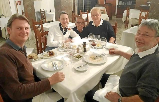 Petra und Heinz Longwitz mit ihrem Sohn Henning und dessen Freundin Katharina.