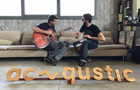 """Die Acqustic-Gründer Ferran Sáez (l.) und Esteve Lombarte haben die """"Geheimen Konzerte"""" ins Leben gerufen."""