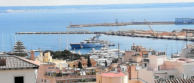 Im Hafen von Palma ist es derzeit ruhig wie selten.
