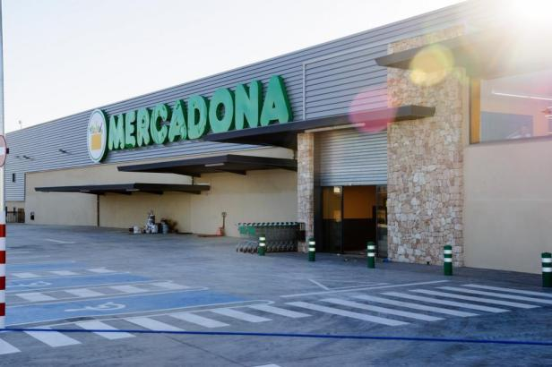 Ab Montag, 23. März, gilt bei Mercadona Handschuhpflicht.