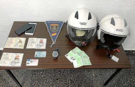 Im Hotelzimmer der Täter stellte die Polizei gefälschte Ausweispapiere sicher.