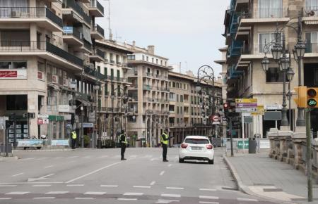 Fahrzeugkontrolle in Palma de Mallorca.
