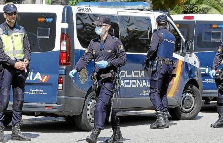 Beamte der spanischen Nationalpolizei im Einsatz.