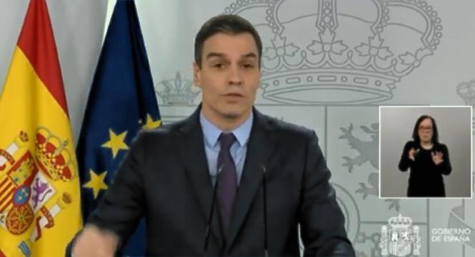Pedro Sánchez während der Pressekonferenz am Samstag.