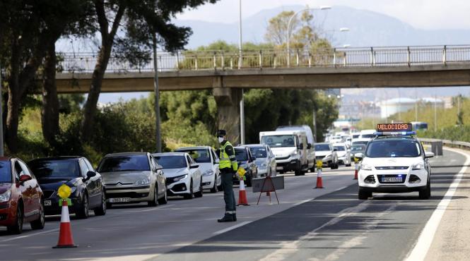 Auf der Autobahn von Palma Richtung Flughafen wird recht häufig kontrolliert.