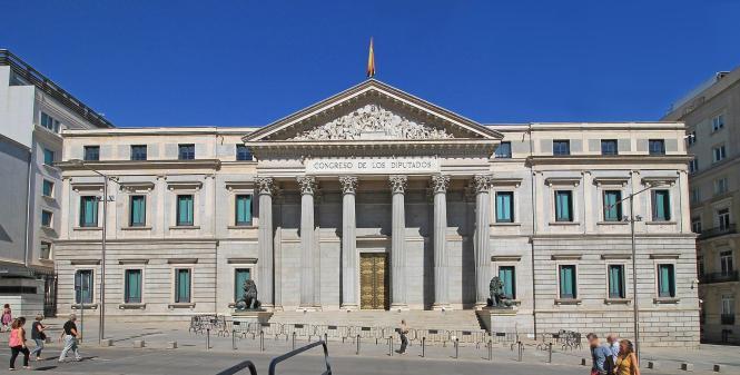 Blick auf das spanische Abgeordnetenhaus.