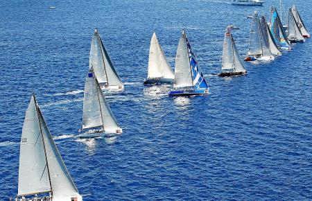 Segelboote bei der Copa del Rey in einem der vergangenen Jahre.