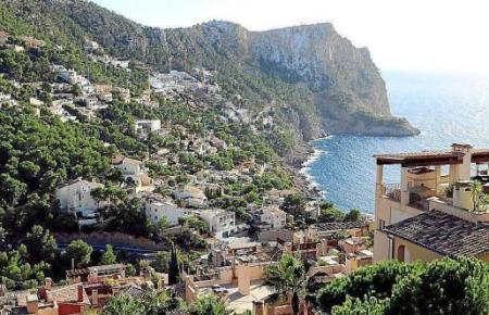 Die Bucht von Cala Llamp bei Andratx ist einer jener Hotspots, wo viele Deutsche eine Immobilie ihr Eigen nennen.