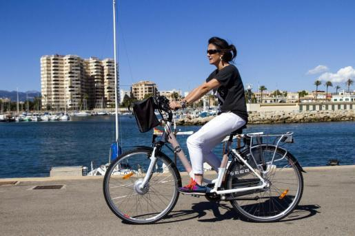 Ab Samstag dürfen Erwachsene wieder ins Freie. Einzelsport und Spaziergänge sind erlaubt.