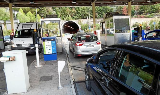 Früher mussten an den Bezahlhäuschen pro Tunnel-Durchfahrt mehr als 5 Euro entrichtet werden.
