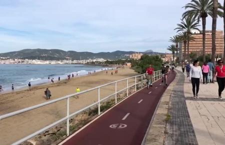 An Palmas Paseo Marítimo herrschte am Samstag so viel Trubel wie an einem normalen Tag vor der Coronakrise.